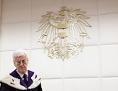 VfGH-Präsident Gerhart Holzinger iner Entscheidungsverkündung