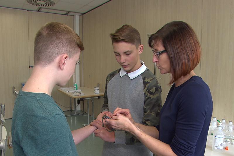 LKH Wolfsberg Jugendliche Pflegeberufe schnuppern Krankenhaus