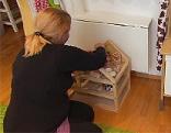 Hilfe für depressive Mütter vom Verein Jojo Mutter Kind Kinderbetreuung Alleinerzieher Frau Frauen Kinder Betreuung