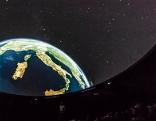 Planetarium mit Kuppel