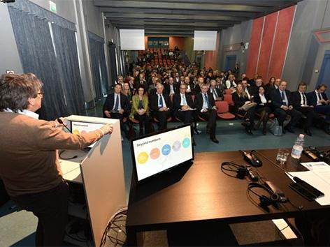 Poslovni forum Trst pomol SDGZ SGZ Volk