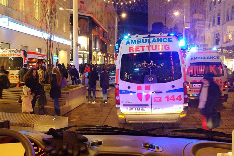 Rettungsautos bei Panik