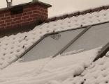 Aufgezeigt Solarboiler Schnee Dach Solaranlage