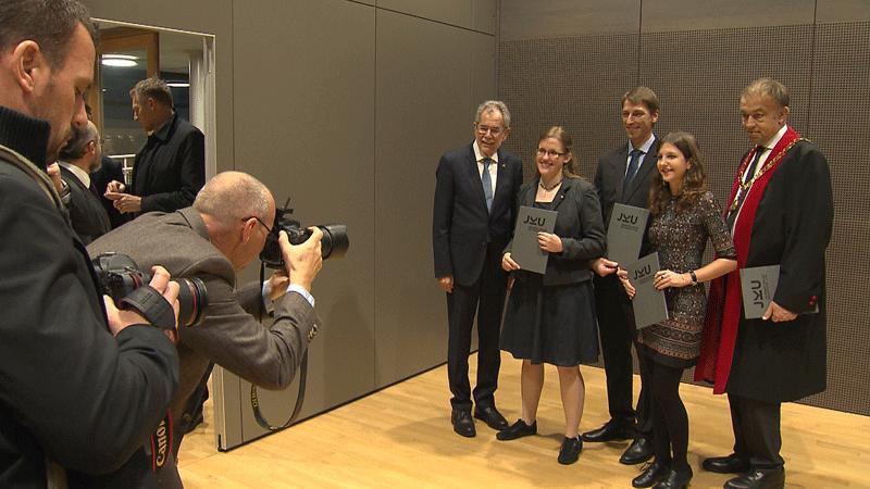 Van der Bellen ehrt die klügsten Köpfe Österreichs
