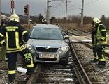 PKW auf Bahngleis in Eisenstadt