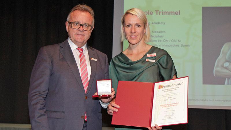 Časni znaki, Nicole Trimmel