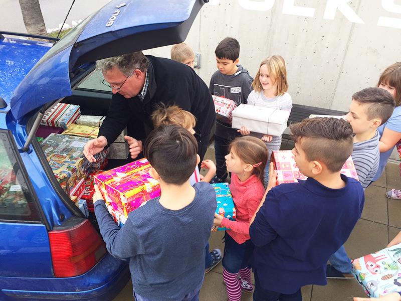 Kinder helfen Kindern in Rumänien VS Schützen Caritas Pfarrer Kroiss