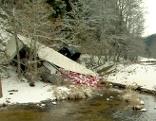 Lkw in Naarn gestürzt