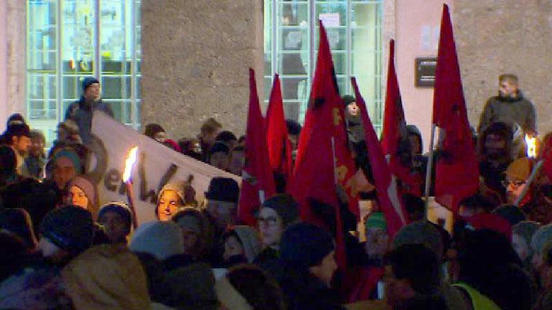 Demonstration gegen Regierung