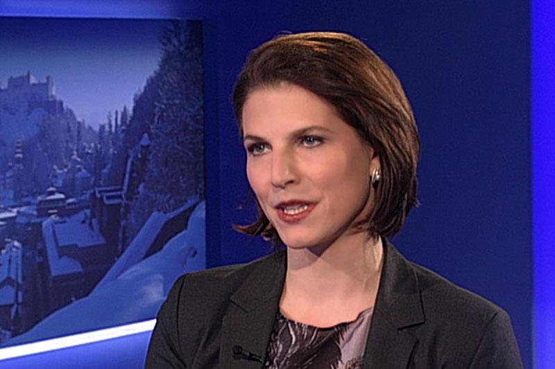"Karoline Edtstadler im ""Salzburg heute"" Studio"