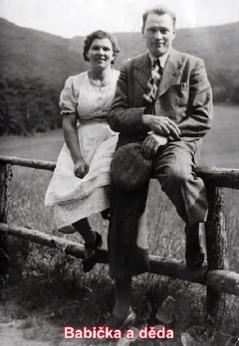 Großeltern Věra Nosková