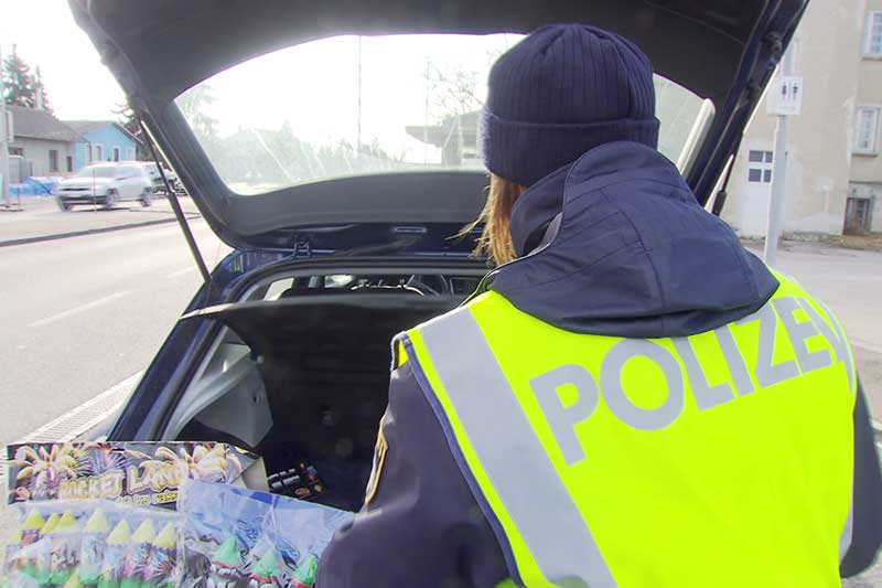 Kontrollen Illegale Böller Silvester