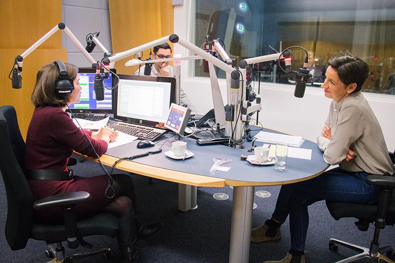 "Indra Collini im ""Radio NÖ Wahlcafé"""
