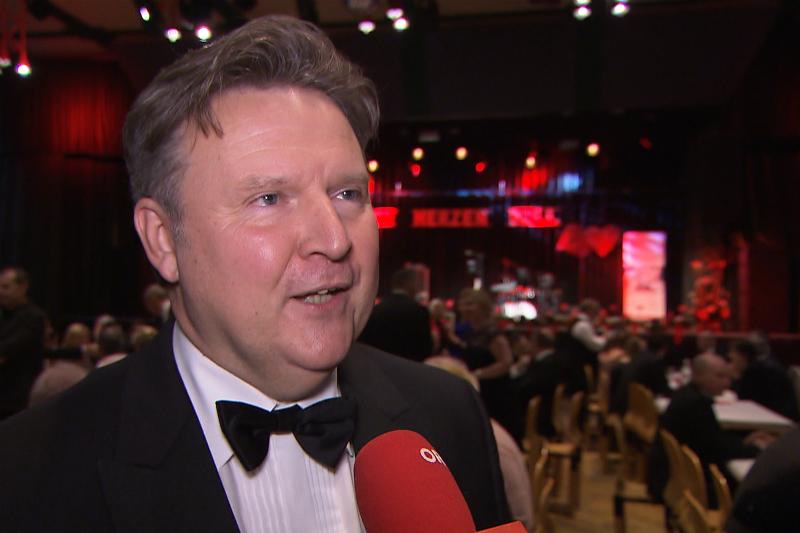 Ludwig beim SPÖ-Ball in Simmering