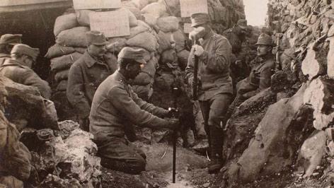Dédapám nagy háborús története