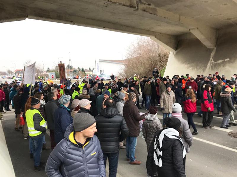 Protest Straßensperre Wulkaprodersdorf Bahnschleife