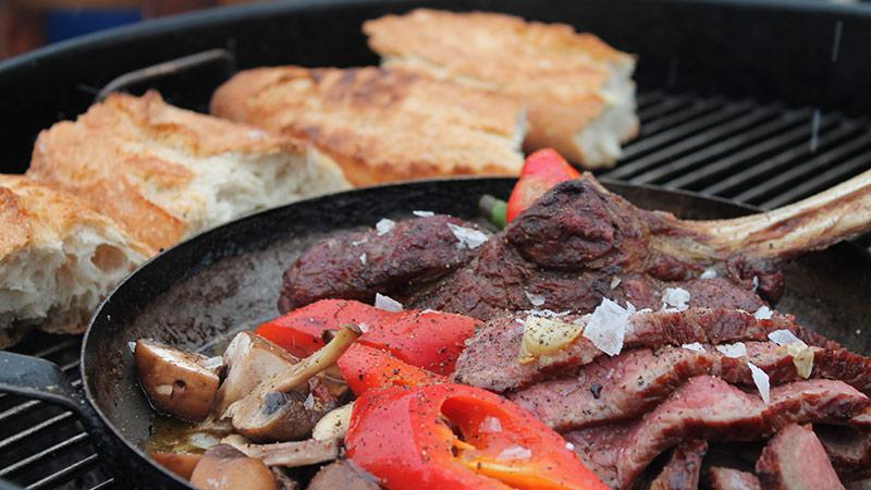 Wintergrillen Tomahawk Steak