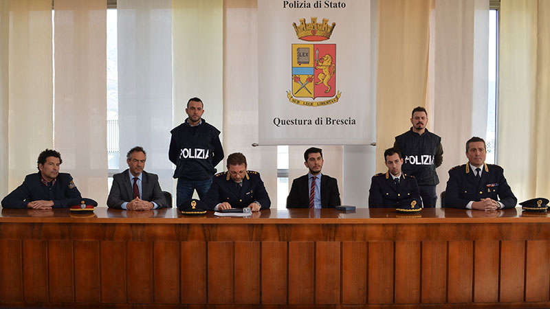 Pressekonferenz Brescia Ermittlungserfolg Raub