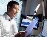 Thomas Puchinger im Radiostudio
