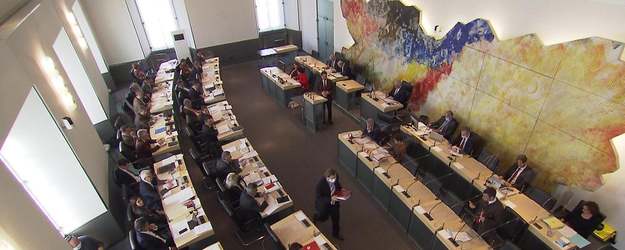 Landtag: Diskussion um Neuverschuldung