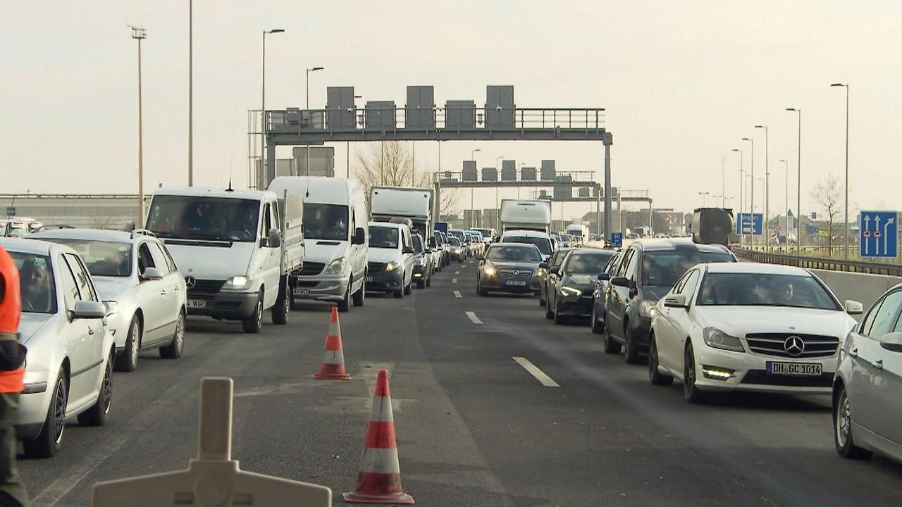 Grenzübergang Nickelsdorf Wartezeit