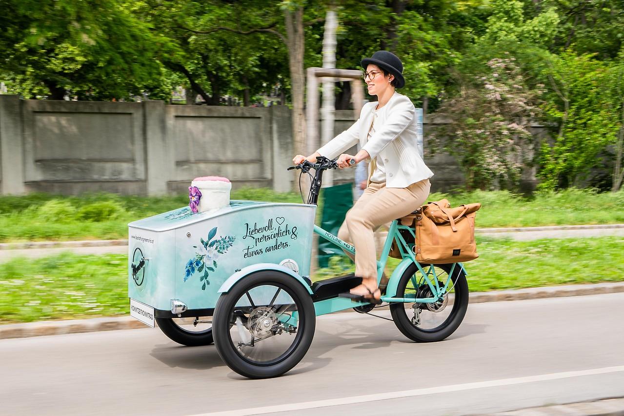 Bestattungsunternehmen bietet nun eigenes Urnen-Fahrrad an