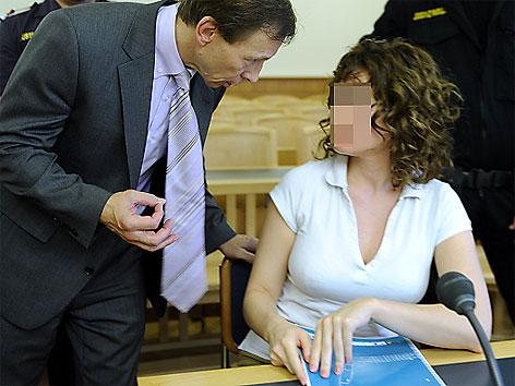 Eissalonbesitzerin vor Gericht