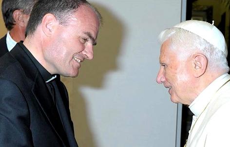 Der designierte Bischof Ivo Muser bei Papst Benedikt XVI.
