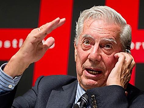 Mario Vargas Llosa im Juni 2011 in Tokyo