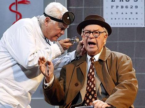 "Peter Weck und Harald Serafin 2008 in ""Sunny Boys"" am Volkstheater"