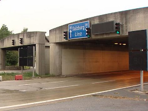 Einfahrt Tunnel