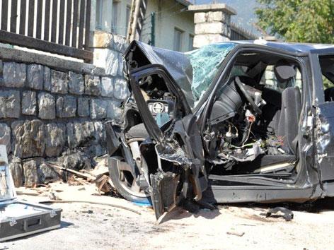 Tödlicher Autounfall in Hall - tirol.ORF.at