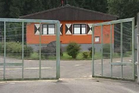 Um das geplante Diskussionslager in Gois (Wals) gibt es weiter heftige Debatten.