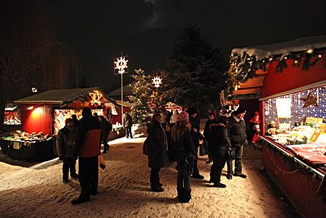 Weihnachtsausstellung und Adventmarkt in den Blumengärten Hirschstetten
