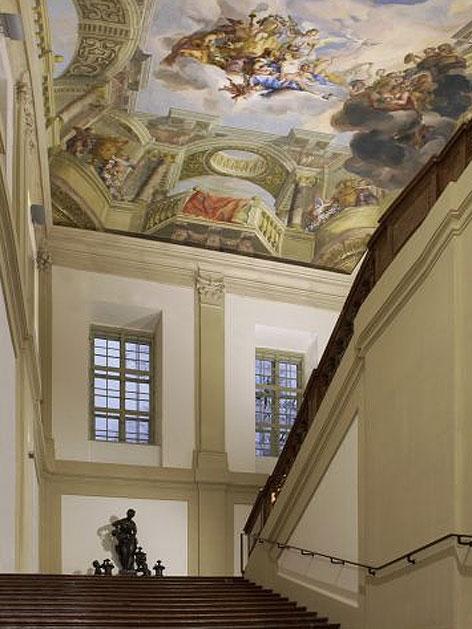 Blick in das östliche Treppenhaus des Gartenpalais Liechtenstein