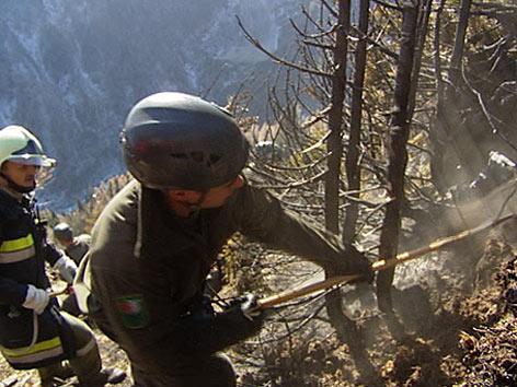 Löscharbeiten Waldbrand