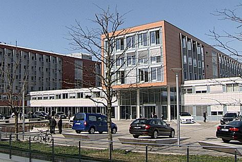 Zentrale der Porsche Holding in Salzburg-Schallmoos
