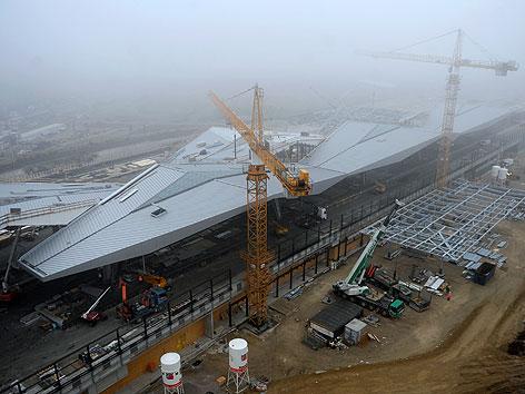 Blick auf den im Bau befindlichen Hauptbahnhof am Freitag, 2. Dezember 2011, in Wien.