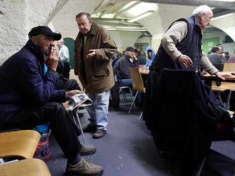 Obdachlose in der Caritas-Einrichtung Gruft