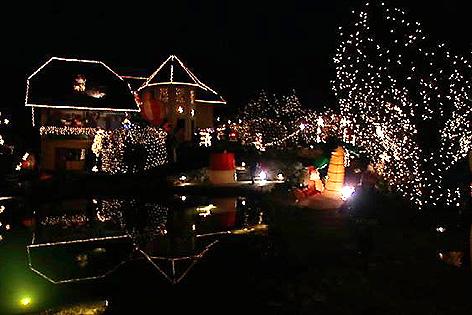 Haus Weihnachtsbeleuchtung.Lichterglanz In Sulzriegel Burgenland Orf At