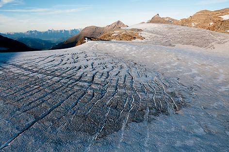 Schneeschmelze auf Gletscher