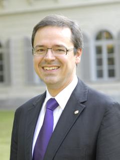 Kunstuni Rektor Schulz