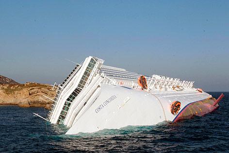 Kreuzfahrtschiff in Italien verunglückt