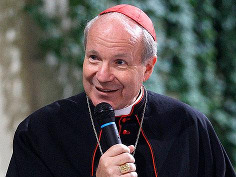Kardinal Christoph Schönborn bei einem Medienempfang im September 2011