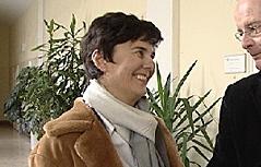 Brigitte Kalteis mit ihrem Anwalt