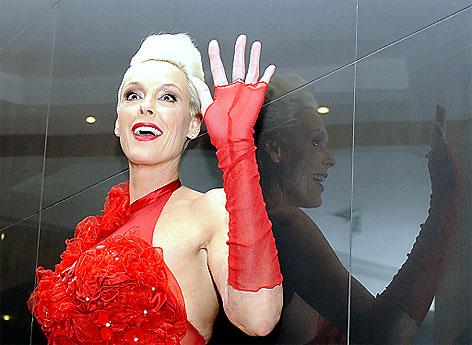 Opernball 2012: Lugner-Gast Brigitte Nielsen
