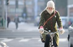 Fahrrad Fahrerin Winter