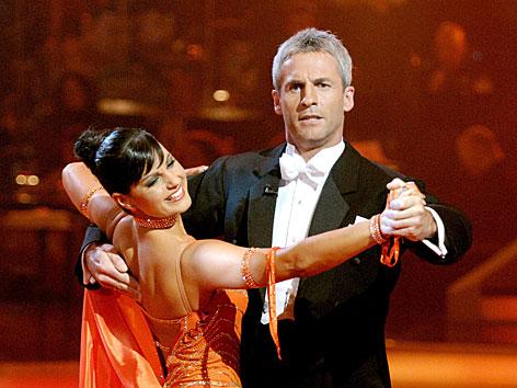 "Michael Konsel 2007 bei der ORF-Show ""Dancing Stars"" mit Nicole Kuntner"