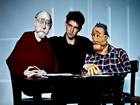 Geschichte des Spiegelgrund-Opfers Friedrich Zawrel als Puppenspiel