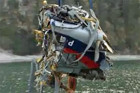 Bergung des Hubschrauber-Wracks am Achensee